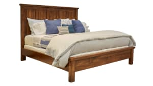 Red Hawk Valley King Bed