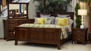 East Benard 3-Piece Queen Bedroom Set, , hi-res