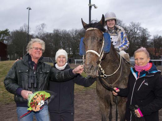 Catharina Vång om starthästarna på Bro Park