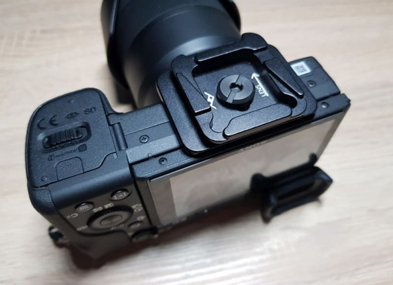 Dual Plate an Kamera