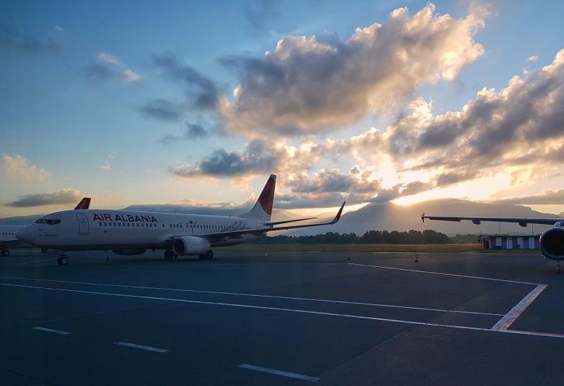 Flughafen Tirana