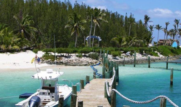 Blue Lagoon Island Beach Day
