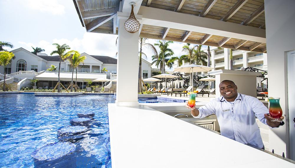 Swim Up Bar Hyatt Ziva Jamaica