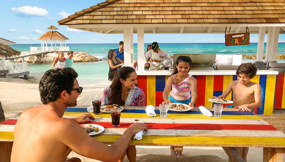 All Inclusive Jamaica Resort Bar