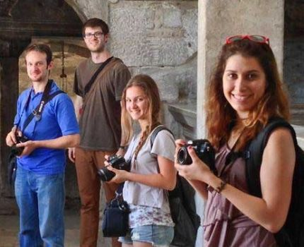 Photography study abroad students