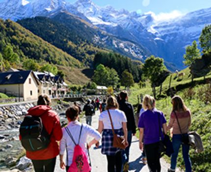 USAC students in heading towards Gavarnie commune in France.