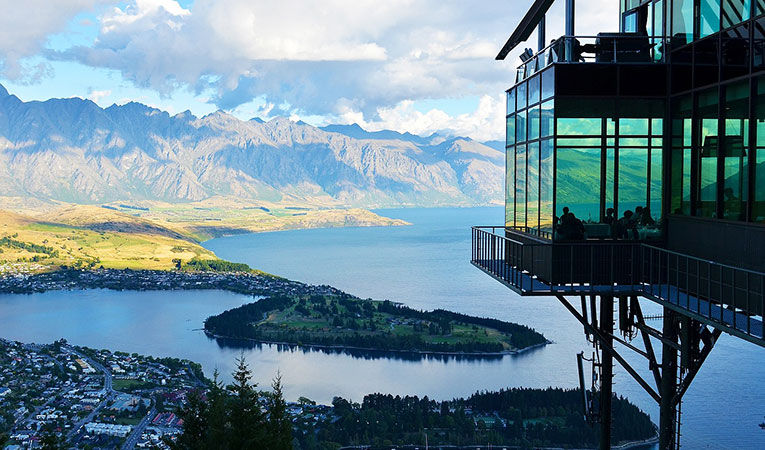 View of the mountains in Queenstown