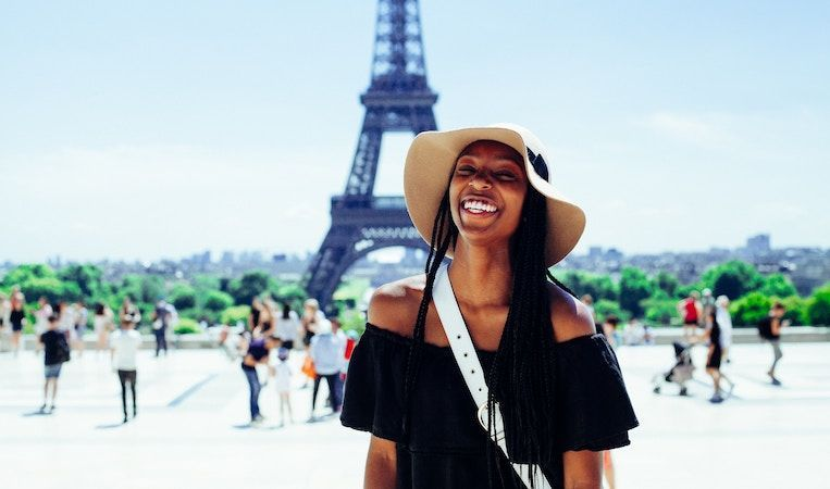 study abroad student in paris