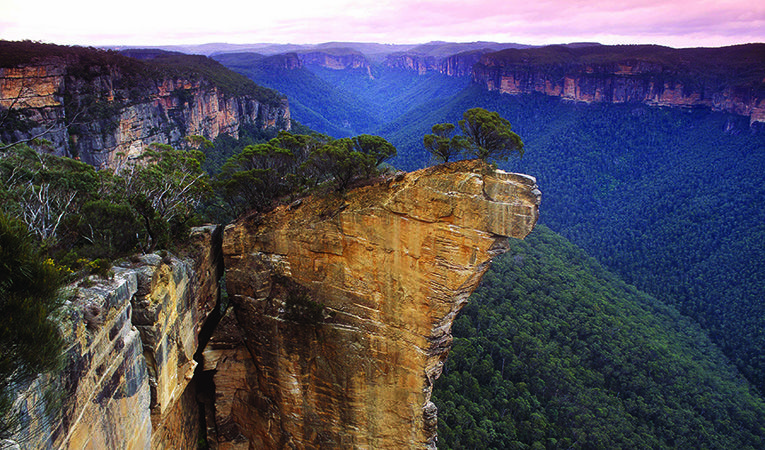 The blue mountains