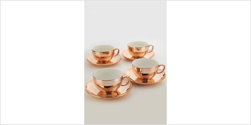 4 Metallic Gold New Bone China Cups and Saucers from Studio
