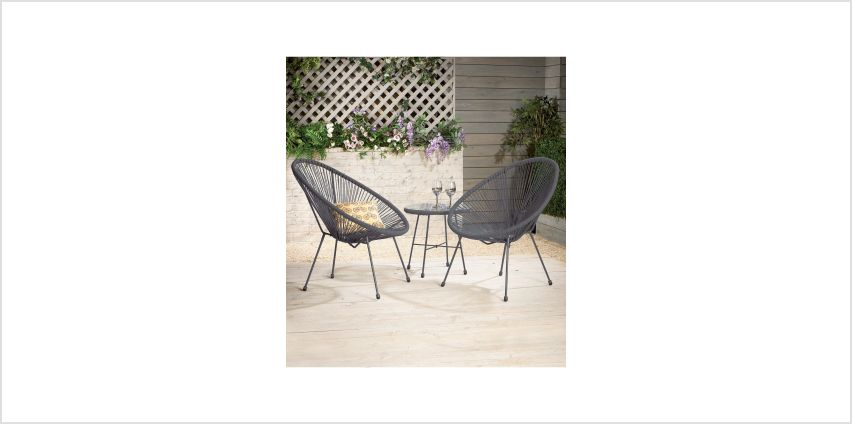 Egg Bistro Set from Studio