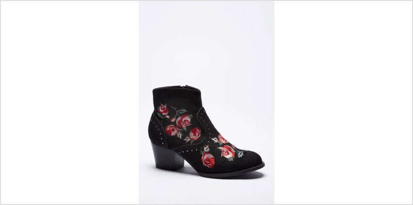 Embroidery Rose and Pin Stud Western Boots from Studio