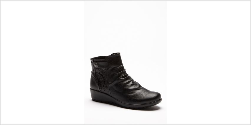 Cushion Walk Wedge Button Boots from Studio