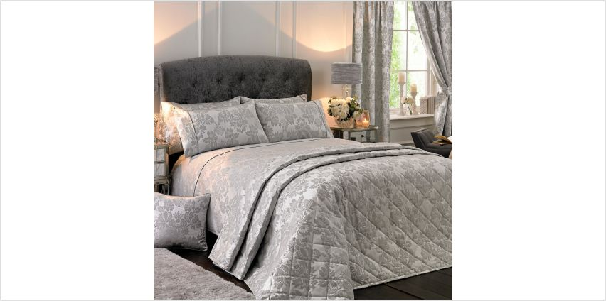 Amalfi Bedspread from Studio