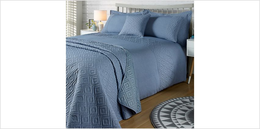 Diamond Chambray Duvet Set from Studio