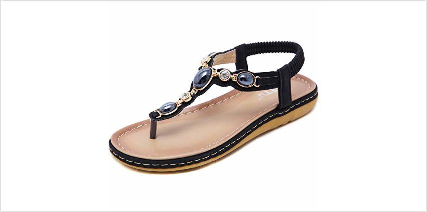 GAXmi Women Summer Flat Sandals Toe Beach Clip Non-Slip Sandals from Amazon