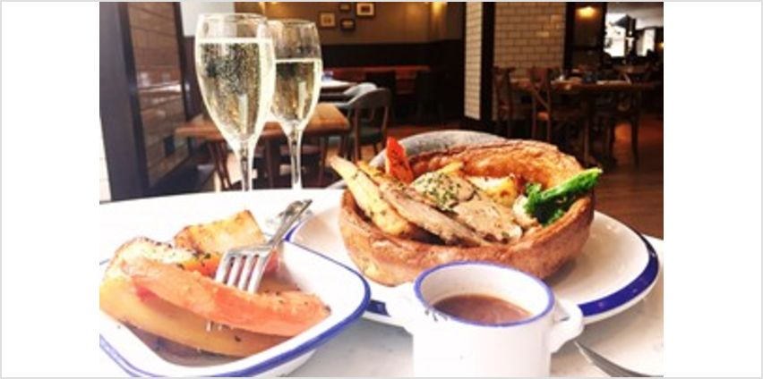 Sunday Brunch with Bottomless Bubbles for Two at London Marriott, Marble Arch from Buy A Gift