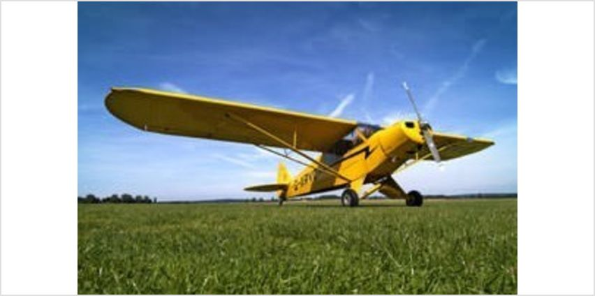 60 Minute Extended Flying Lesson - UK Wide from Buy A Gift