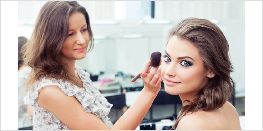 Make-Up Artistry Online Course from GoGroopie