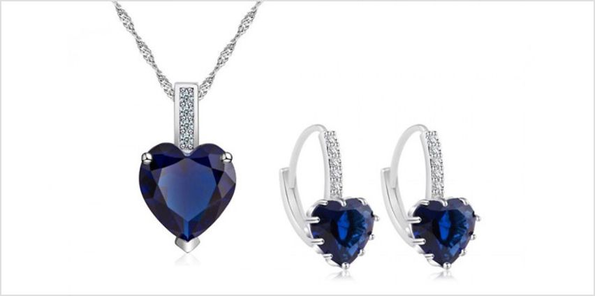 7.5ct Simulated Sapphire Heart Pendent Set - Free Delivery! from GoGroopie