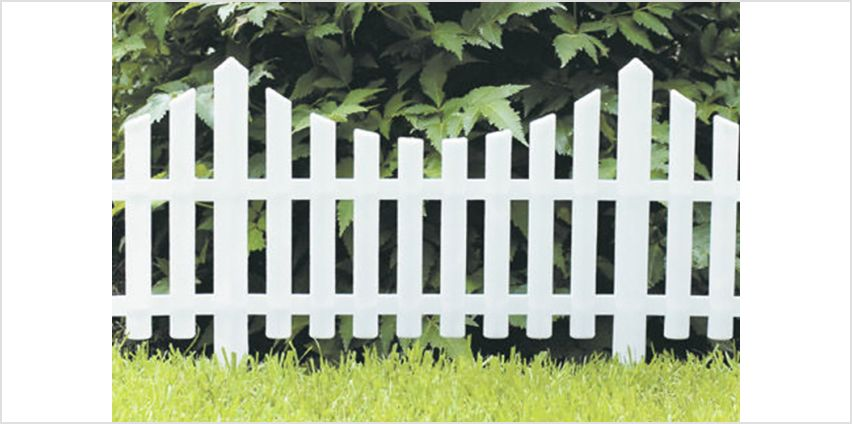 £7.99 instead of £17 (from Groundlevel) for a set of four white picket fences, or £14 for a set of eight - save up to 53% from Wowcher