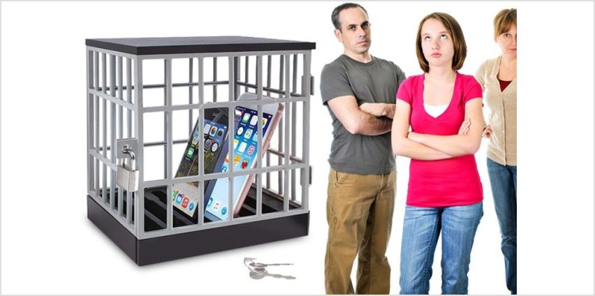 £6.99 instead of £29.99 (from London Exchain Store) for a novelty mobile phone jail cell with padlock – save 77% from Wowcher