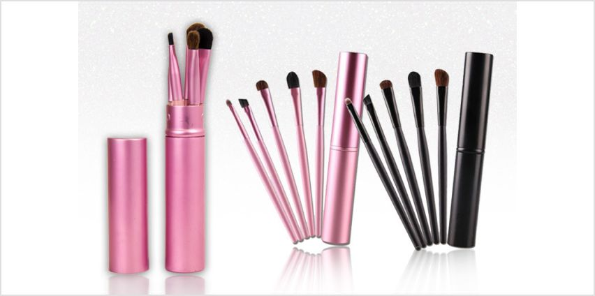 £4.99 instead of £10.99 for a five-piece makeup brush set - choose from two colours from GetGorgeous - save 55% from Wowcher