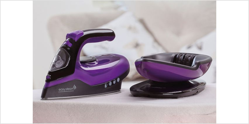 £24.99 instead of £59.95 (from CJ Offers) for a two-in-one cordless ceramic steam iron - save 58% from Wowcher