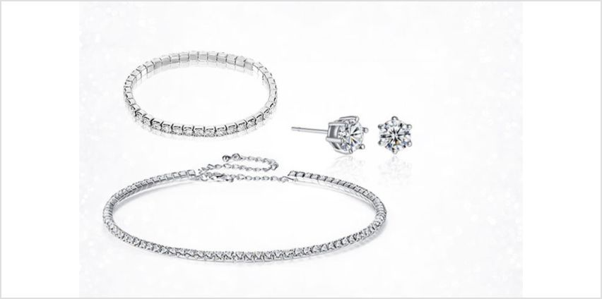 £14.99 instead of £99.99 (from Gemnations) for a crystal choker, bracelet and earring set – save 85% from Wowcher