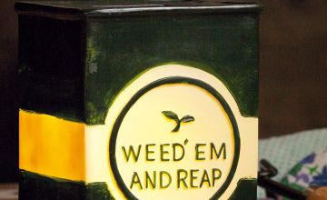 Solar Weed em and Reap Ornament