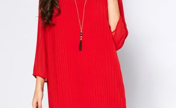 Layered Pleat Detail Dress with Necklace