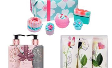 Up to 50% off Gifting by Bomb Cosmetics, Baylis and Heathcote