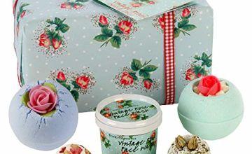 Bomb Cosmetics Petal Perfect Handmade Gift Pack