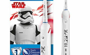 Oral-B Junior Electric Rechargeable Toothbrush Star Wars, 2 Modes - Daily Clean & Sensitive, Pressure Sensor, 1 Sensi UltraThin Brush Head, Ages 6–12, for Brushing Away Christmas Gifts & Treats