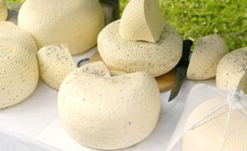 3 Hour Artisan Cheese Making Class for Two at The Smart School of Cookery