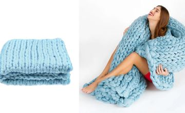 Large Chunky Knitted Blanket - 5 Colours