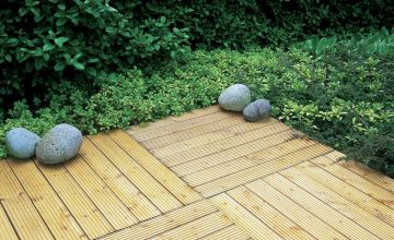 Forest Decking Tiles 60 x 60 cm - Pack of 4.