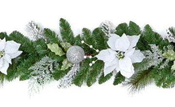 Poinsetta Garland - White.