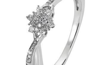 Revere Sterling Silver 0.10ct tw Diamond Cluster Ring
