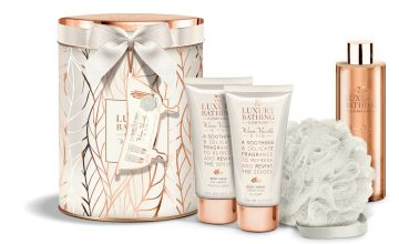 The Luxury Bathing Company Vanilla and Fig Spa Tin Set