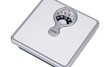 Salter Magnifying Mechanical Bathroom Scales - White
