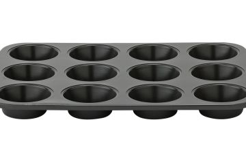 Good Housekeeping Muffin Tray and Scoop