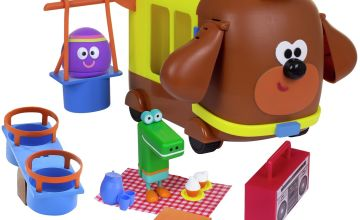 Hey Duggee Bus, Park and Picnic Play Set