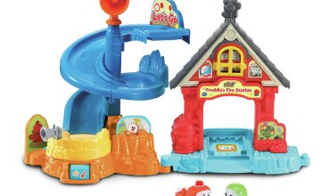 VTech Toot-Toot Cory Carson Freddies Firehouse Playset
