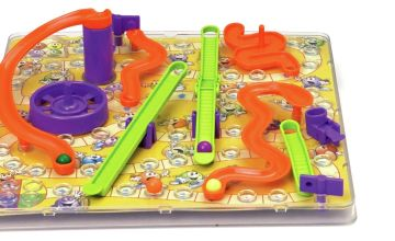 Chad Valley 3D Snakes and Ladders Game