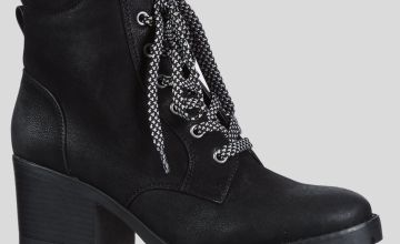 Sole Comfort Black Lace Up Chunky Heel Walker Boots