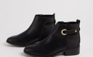 Black Ring Detail Chelsea Boots