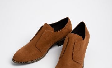 Tan Low Cut Western Shoe
