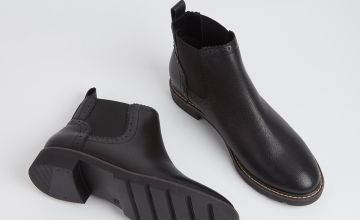 Sole Comfort Black Leather Chelsea Boots