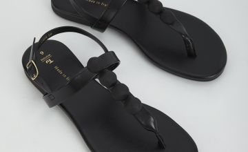 Black Pebble Toe Post Sandal